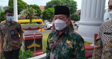 20 Pejabat Dilingkungan Pemkot Bandarlampung Ikut Melaksanakan Vaksinasi