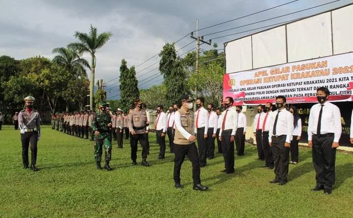 Bupati Way Kanan Pimpin Apel Gelar Pasukan Operasi Ketupat Krakatau